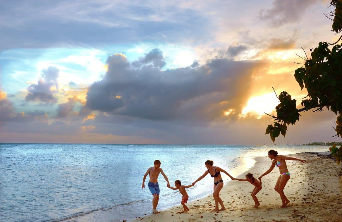 Hasznos tippek kempingezőknek – Így szervezz családi álomnyaralást a természetben