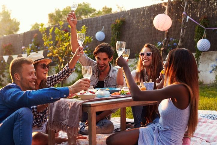 Tippek a napfény szerelmeseinek: ezeket ne hagyd ki, ha szeretnéd az idei nyarat emlékezetessé tenni