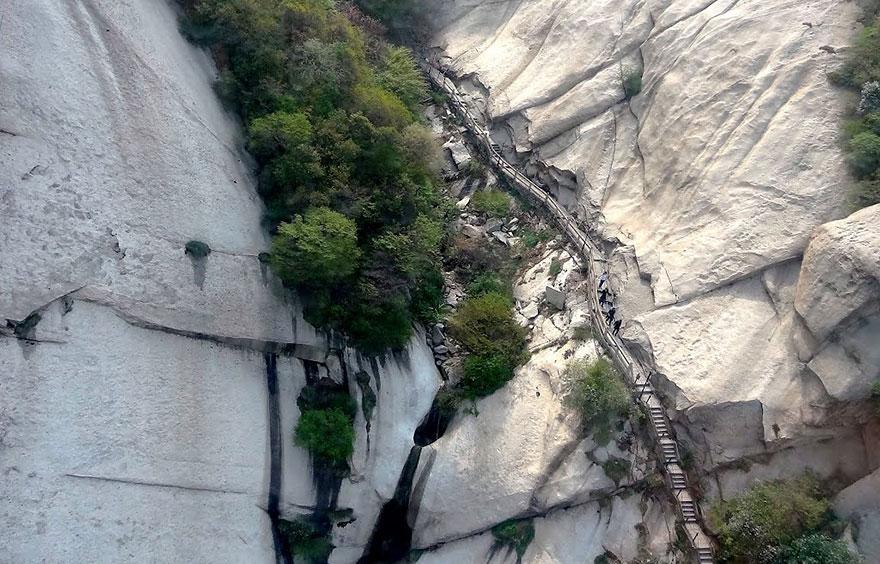 veszélyes túraútvonal